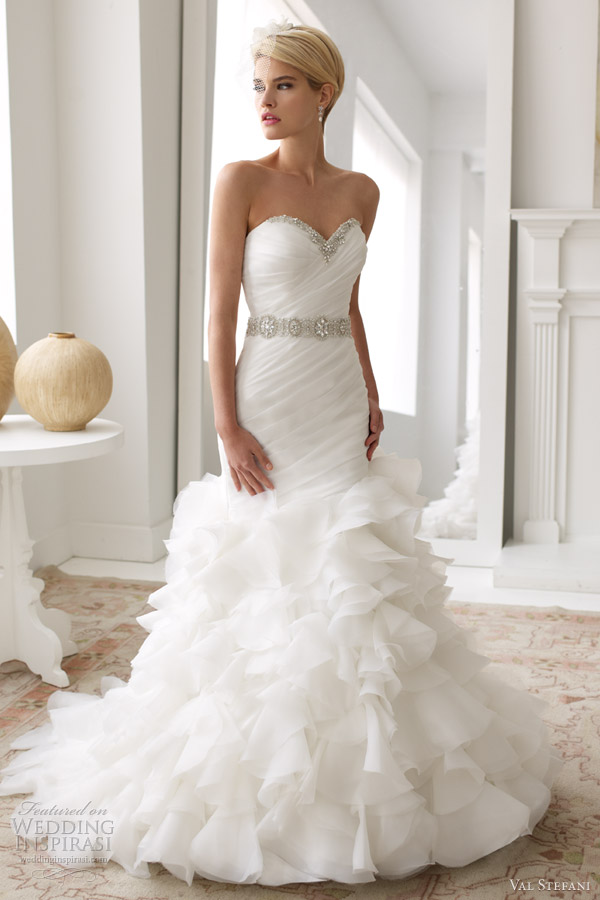val stefani wedding dresses spring 2013 strapless sweetheart fit flare gown d8033