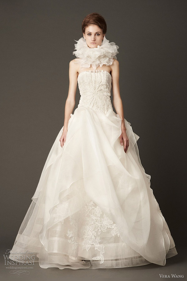 vera wang bridal fall 2013 strapless ball gown embroidered bodice petal collar neck ruff