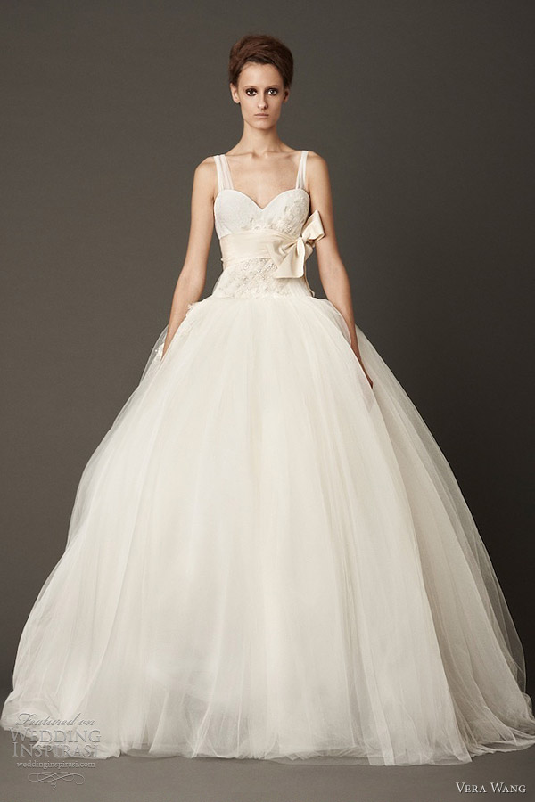 vera wang bridal fall 2013 tulle lace ball gown wedding dress with straps