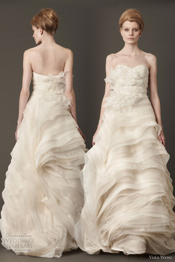 vera wang fall 2013 bridal strapless flange wedding dress