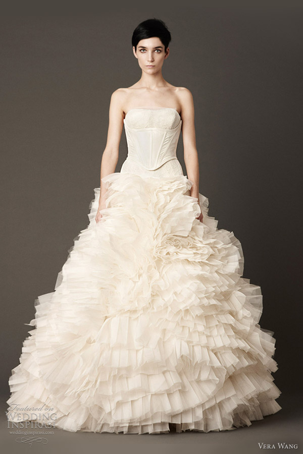 vera wang fall 2013 bridal wedding dress strapless drop waist modified ball gown