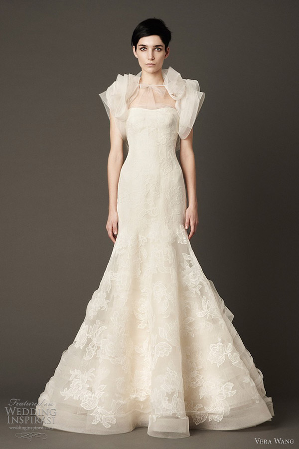vera wang fall 2013 wedding dress strapless mermaid lace gown tulle shrug