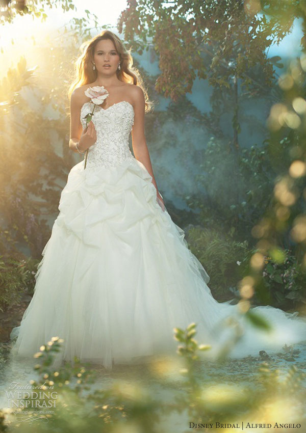 Disney fairy tale weddings by alfred angelo 2013 wedding for Wedding dress disney collection