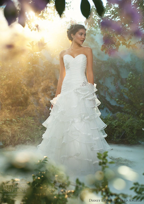disney fairy tale wedding dress alfred angelo 2013 tiana