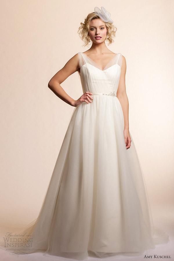 Adding sleeves to strapless wedding dress ivo hoogveld for Adding cap sleeves to a wedding dress