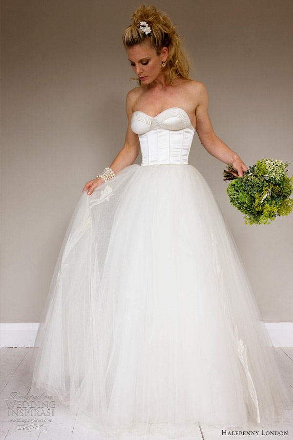 Sell Vintage Wedding Dress London