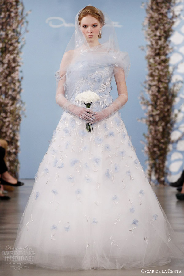 oscar de la renta bridal 2014 blue color tulle wedding dress