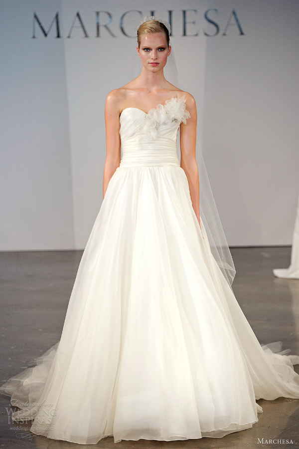 marchesa bridal spring 2014 strapless wedding dress