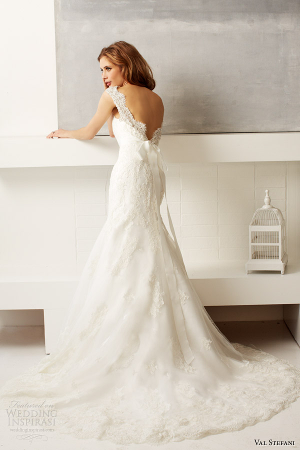 val stefani bridal fall 2013 wedding dress style d8047 sleeveless lace deep v back train