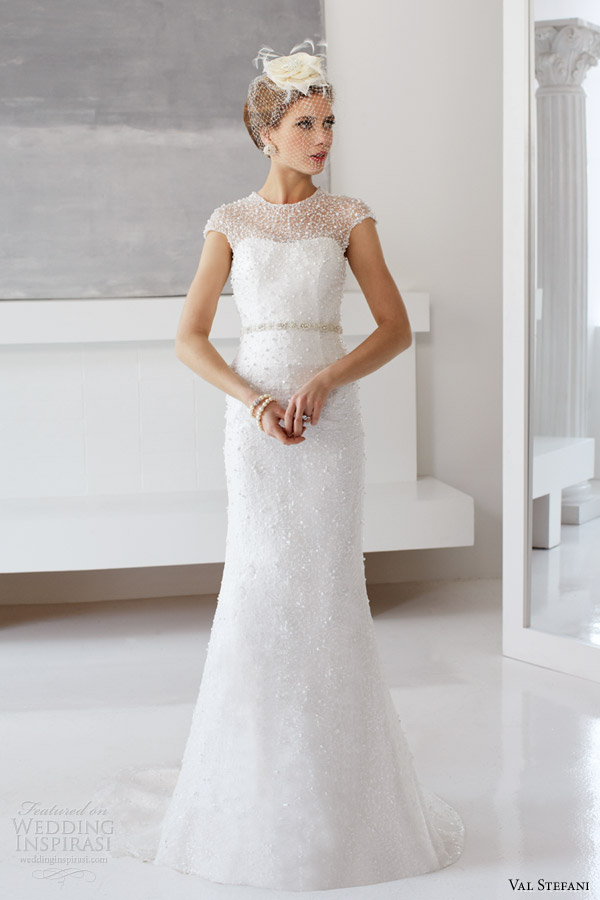 Val stefani fall 2013 wedding dresses wedding inspirasi for Sheath wedding dress with cap sleeves
