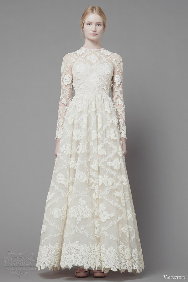 Valentino Fall 2017 Long Sleeve White Lace Dress