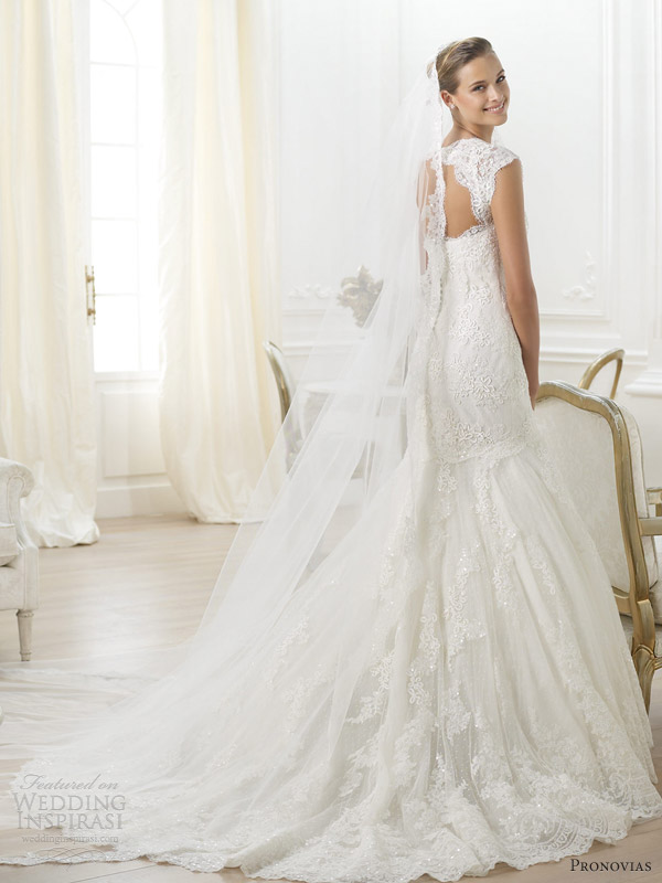 pronovias 2014 costura letha lace fit flare mermaid keyhole back