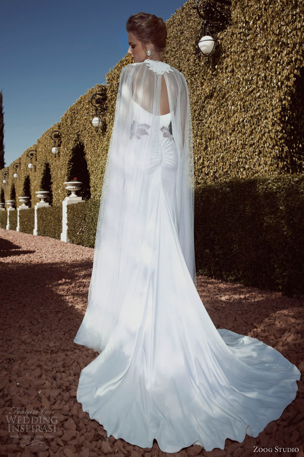 Zoog studio 2013 wedding dresses wedding inspirasi page 2 for Wedding dress with a cape