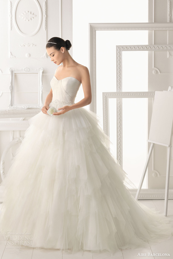 aire barcelona 2014 bridal orea strapless princess ball gown