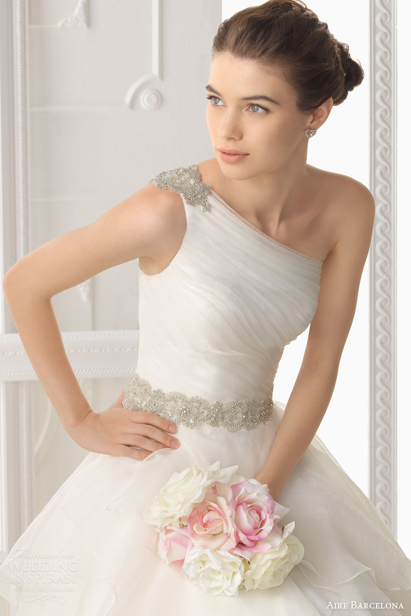 aire barcelona 2014 wedding dresses optimo one sholder gown tiered skirt bodice