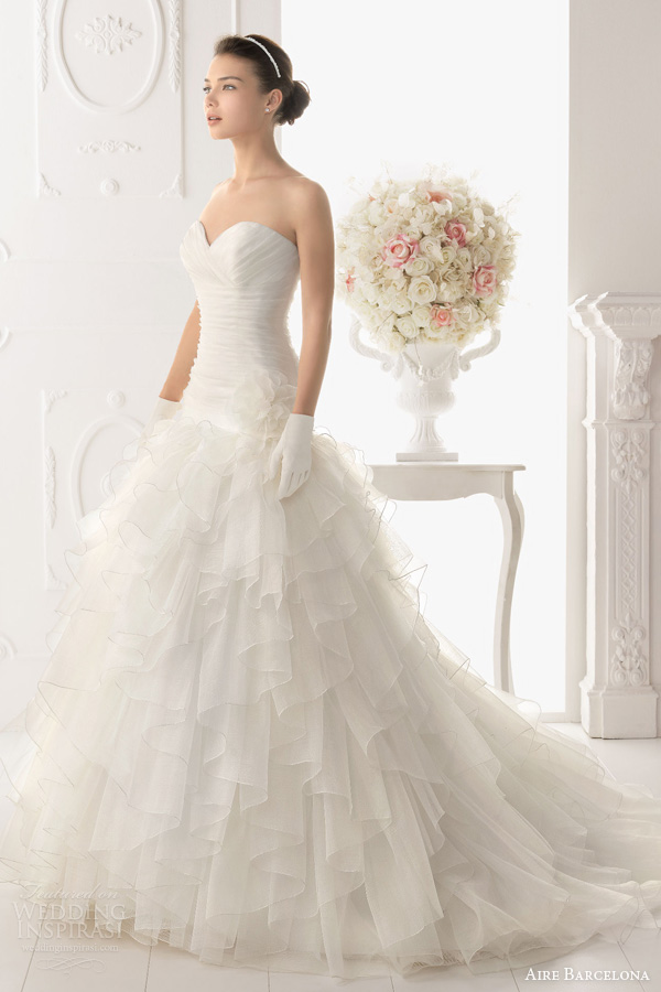 aire barcelona wedding gowns 2014 oran strapless ruffle gown