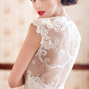 charlotte balbier 2014 beaullea wedding dress illusion back