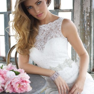 allure bridal fall 2013 sleevless wedding dress bateau neckline crystal pearl waist style 9066