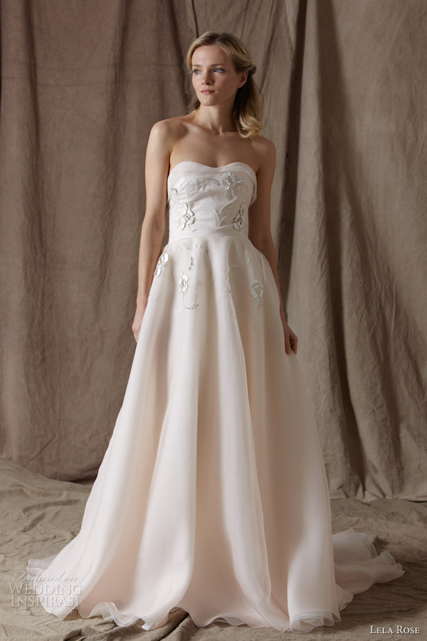 Rose colored wedding dresses images for Wedding dress with red roses