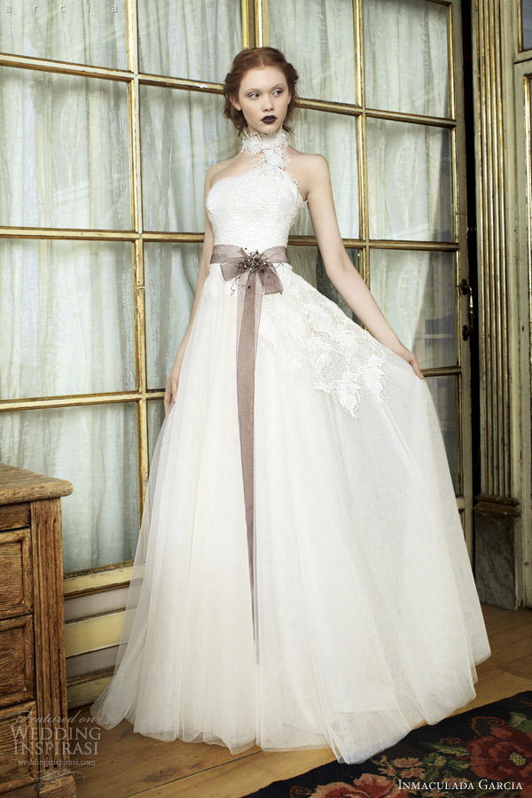 inmaculada garcia wedding dresses 2014 sira bridal gown feathers