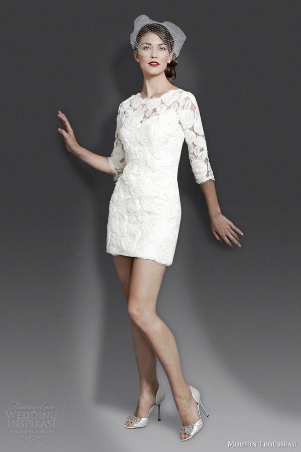 1960s Style Wedding Dresses 12 Fancy modern trousseau fall tiffani