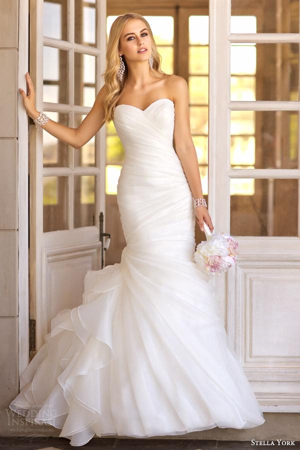 Essense of australia martina liana stella york wedding for Trumpet style wedding dresses