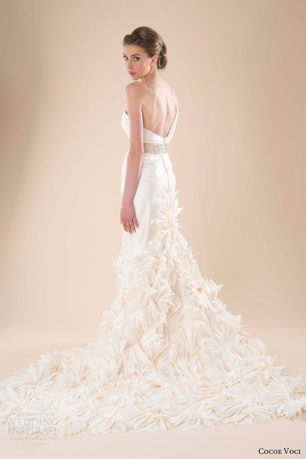 cocoe voci spring 2014 bridal lark one shoulder wedding dress back train pleated fans