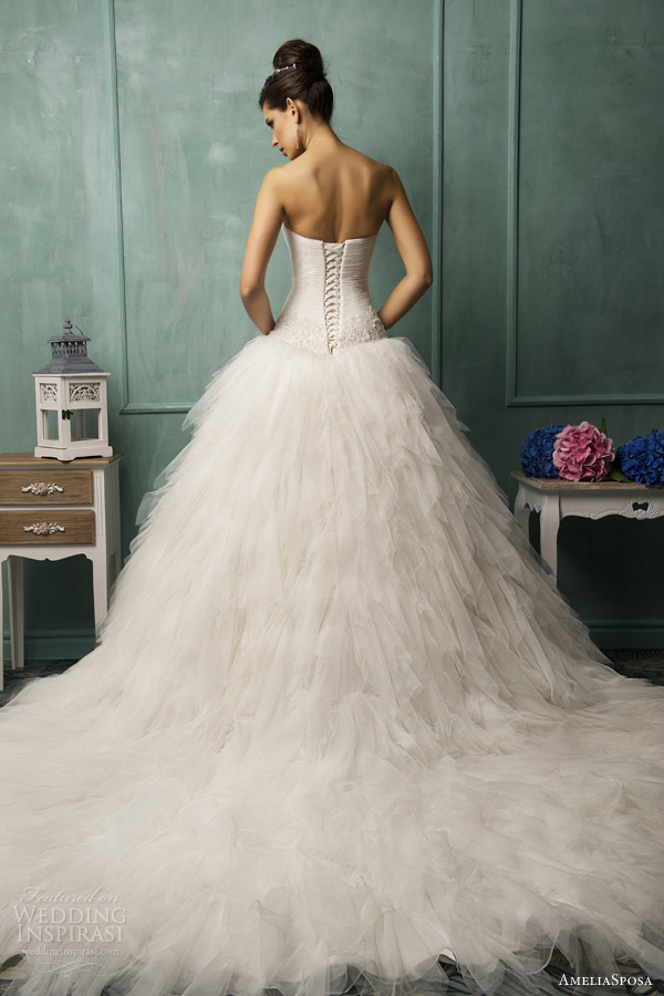 amelia sposa 2014 bella strapless wedding dress back train