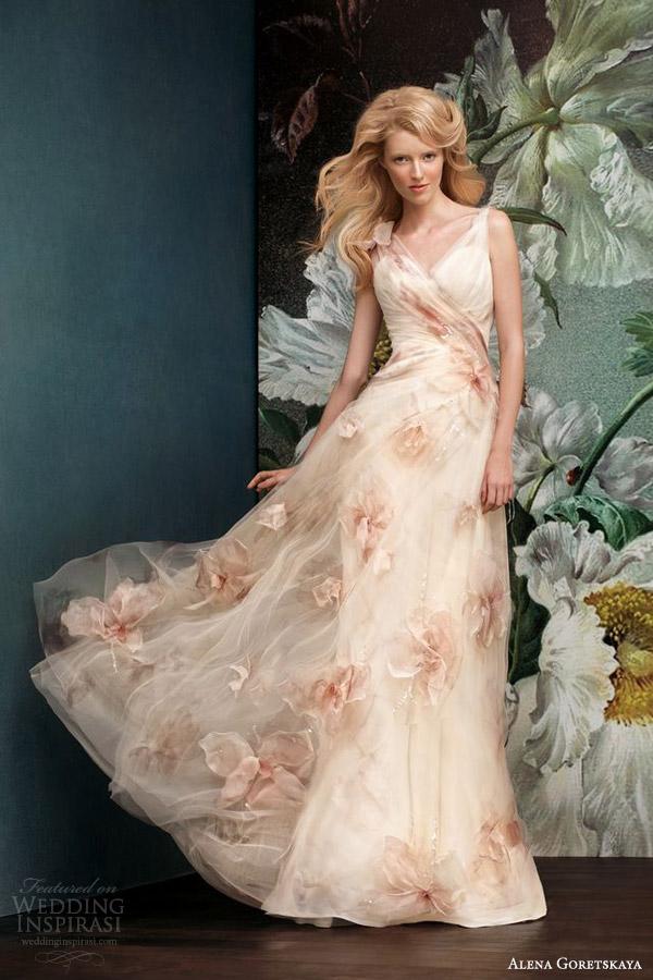 Alena Goretskaya 2014 Color Wedding Dress Peach Nude Orchid Skirt Gelia