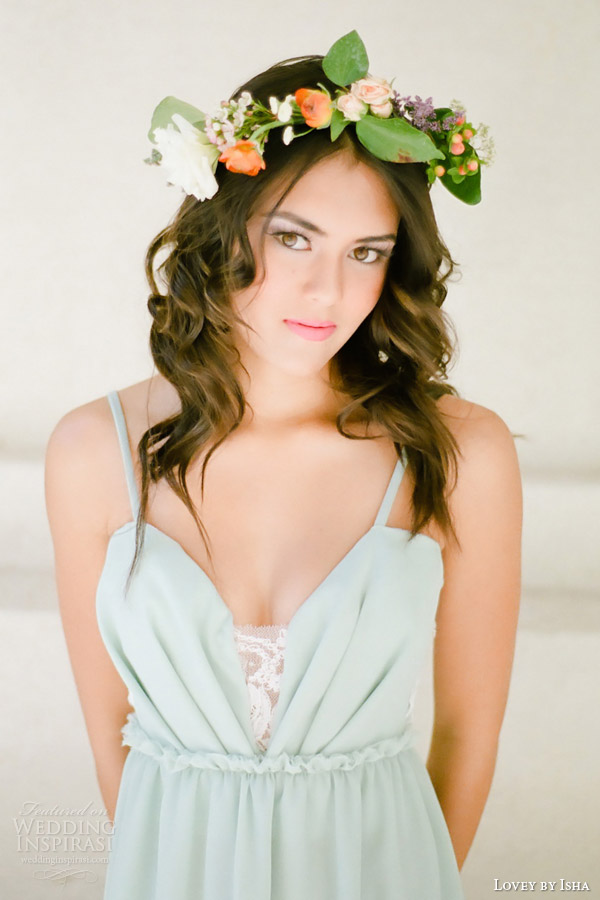 lovey by isha spring 2014 mint ocean beach silk wedding dress close up