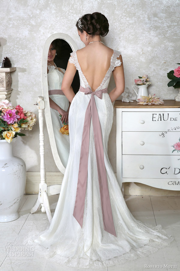Roberto motti 2014 wedding dresses wedding inspirasi for Italian design wedding dresses