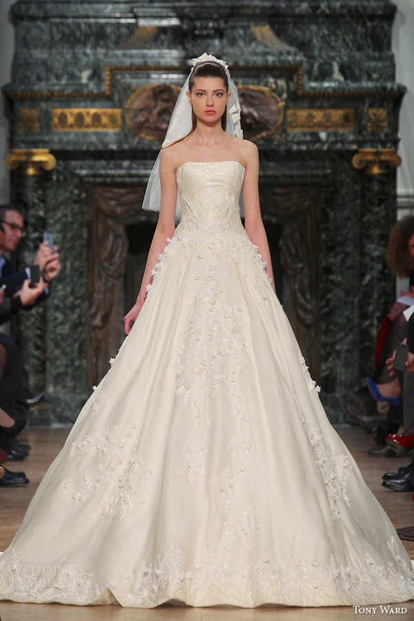 tony ward couture wedding dress spring 2014 strapless gown veil