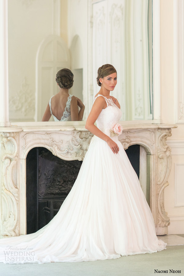 naomi neoh bridal 2014 lily wedding dress sleeveless v back