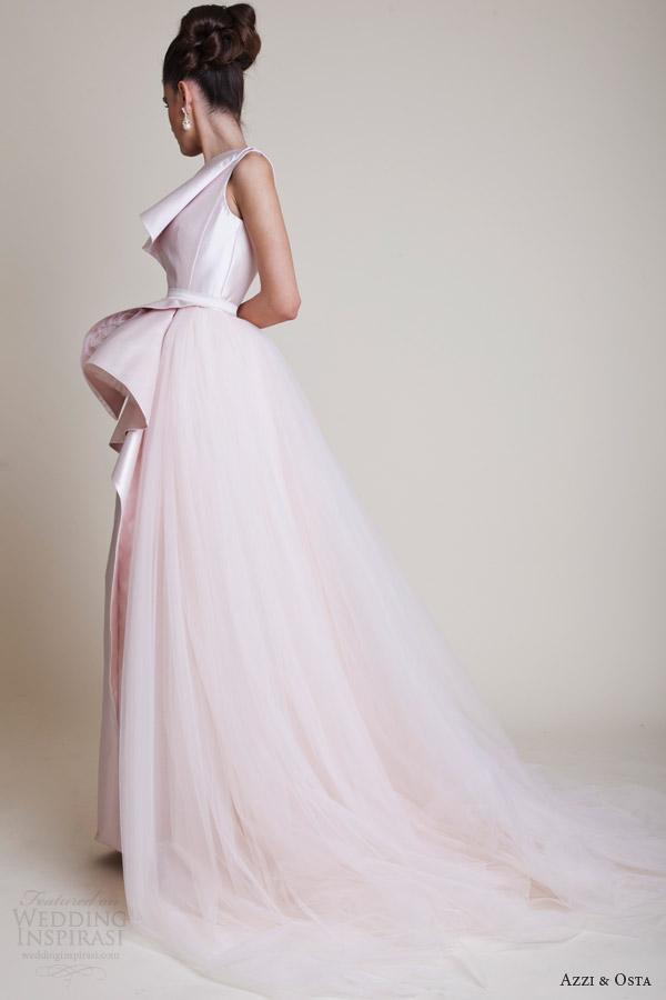Azzi e Osta vestidos de alta costura primavera 2014 rosa vestido de um ombro pálido de volta