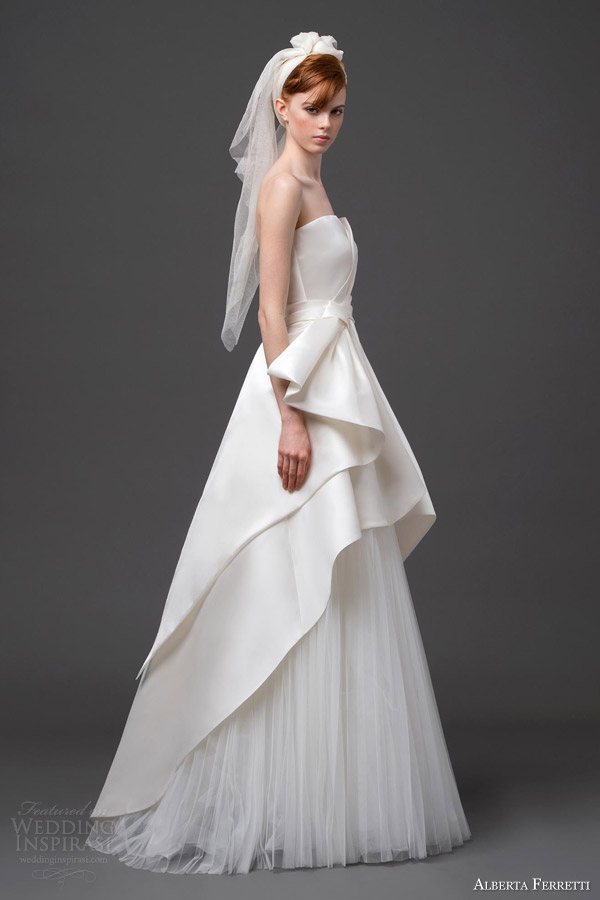 alberta ferretti bridal 2015 strapless wedding dress pegaso side view