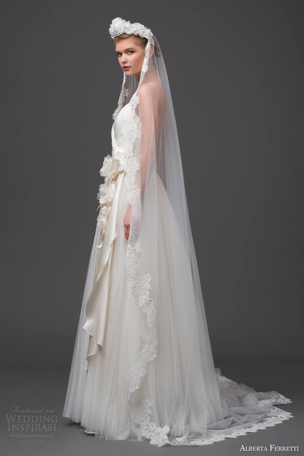 Alberta ferretti wedding dresses forever 2015 bridal for Wedding dress with veil