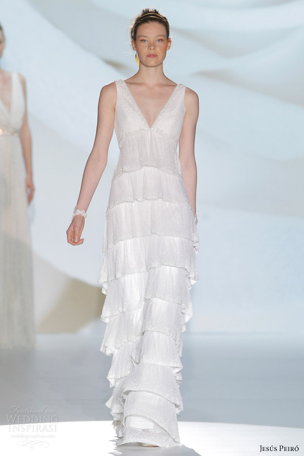 Wedding Gowns Empire Waist 40 New jesus peiro bridal empire