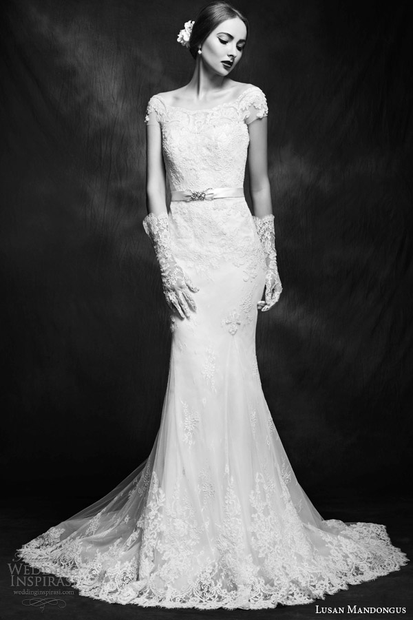 Off Shoulder Lace Wedding Dresses