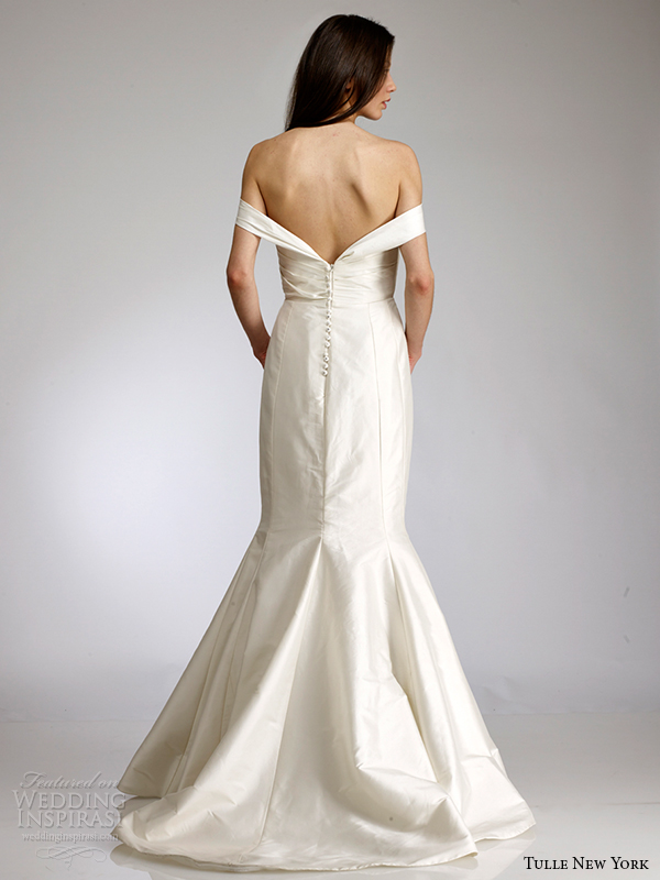 tulle new york spring 2015 wedding dress koi ana maria back view buttons