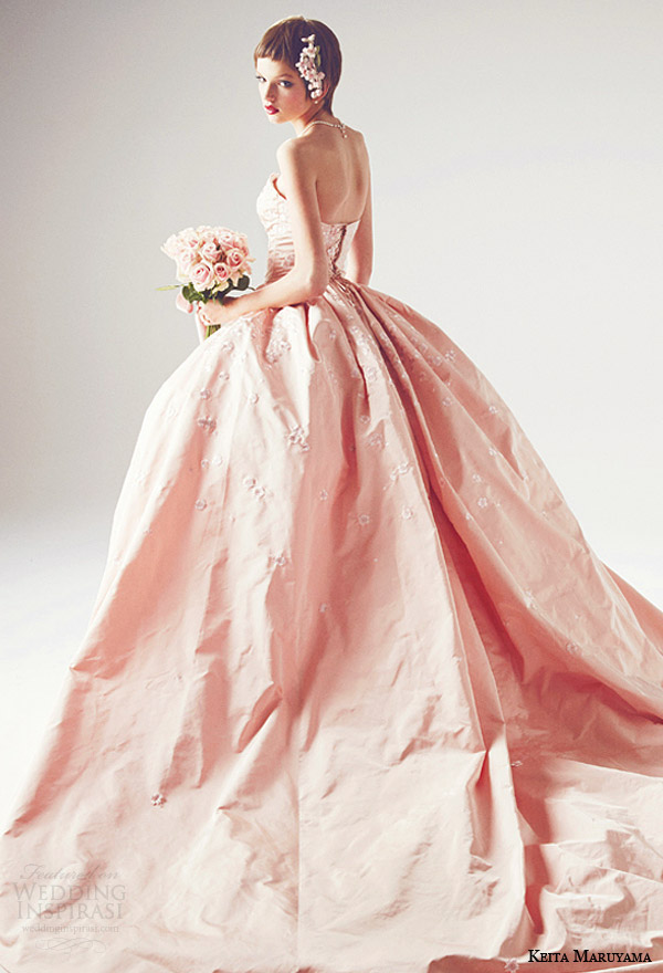 keita maruyama japan 2014 strapless pink ball gown wedding dress back