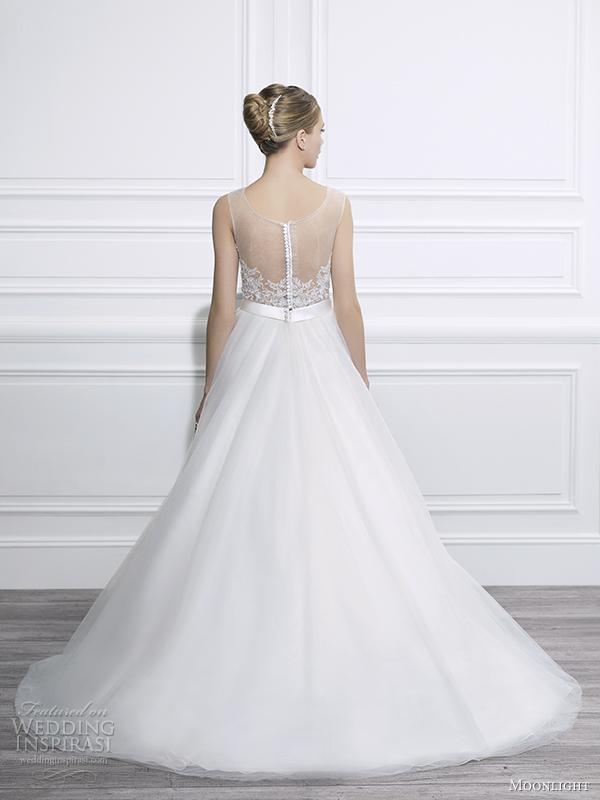 View Wedding Dresses 14 Amazing moonlight tango fall wedding