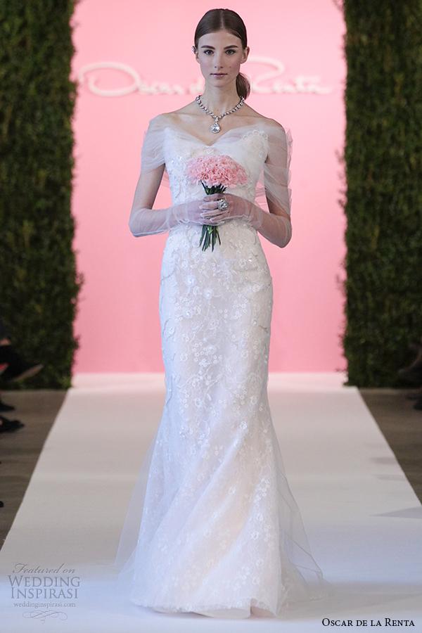 Oscar De La Renta 2015 White Rose Garden Chantilly Lace Wedding Dress