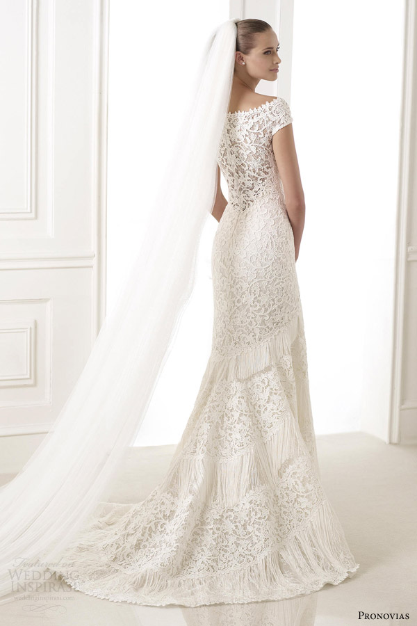 pronovias 2015 atelier kaira guipur lace wedding dress off shoulder sleeves back