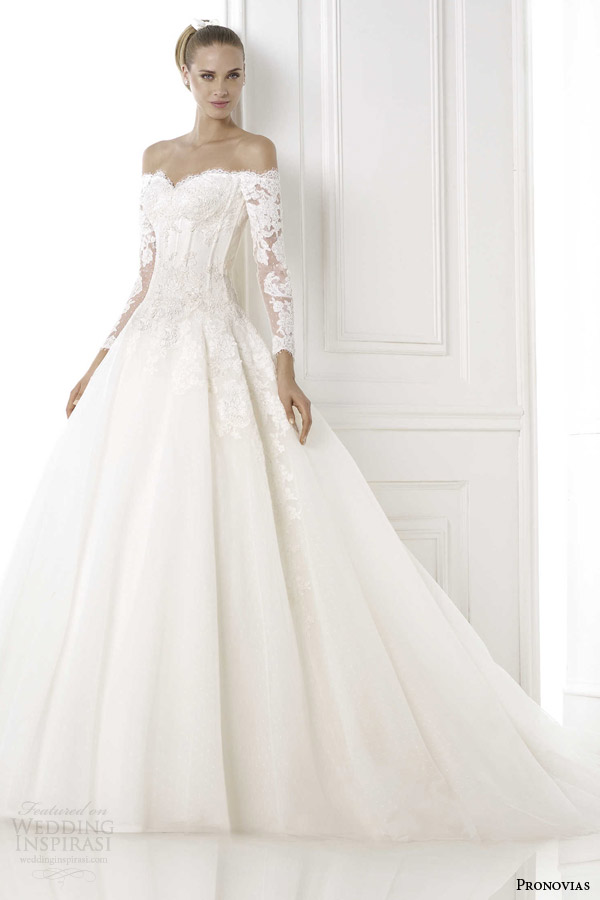 Pronovias 2015 pre collection wedding dresses glamour for Off the shoulder ball gown wedding dress