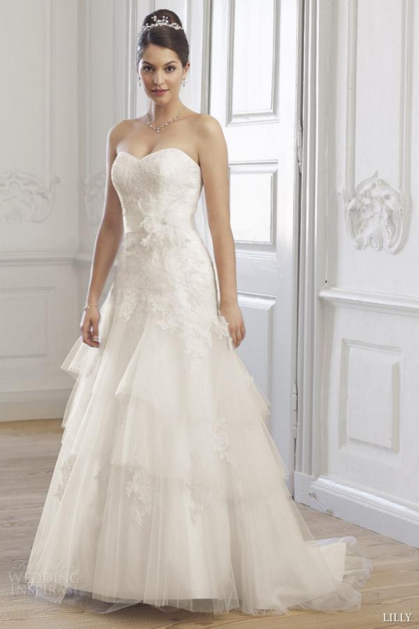 Wedding Dress Korea 62 Beautiful lilly bridal cr strapless