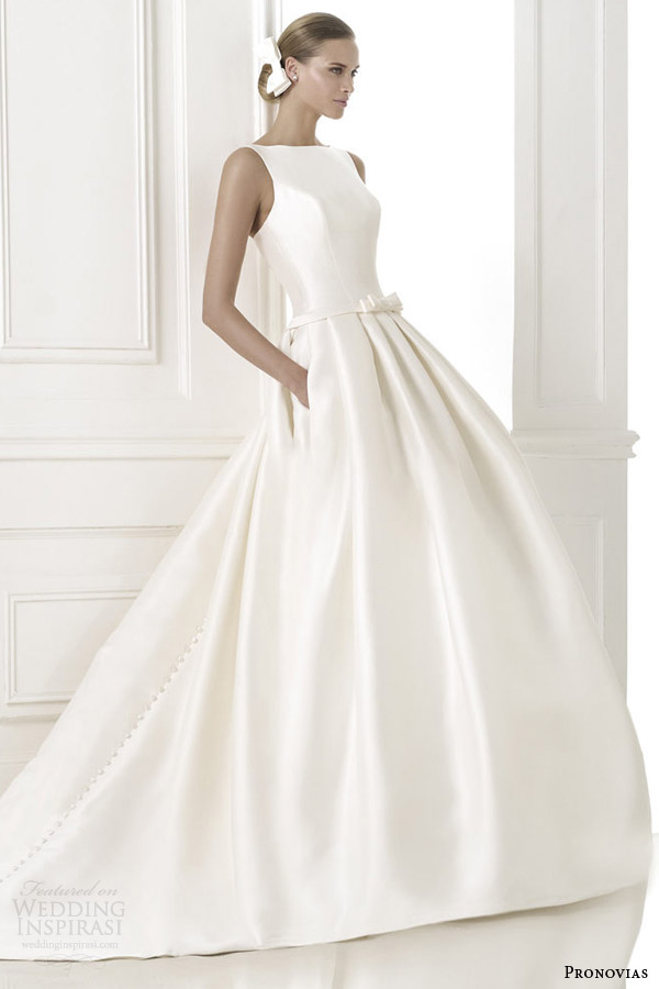 pronovias pre 2015 barcaza sleeveless wedding dress