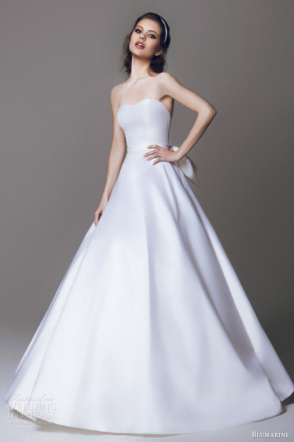 blumarine 2015 simple stunning strapless wedding dress a line ball gown silhouette