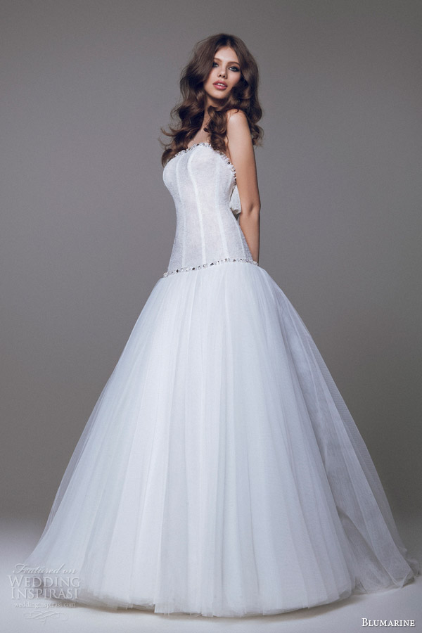 blumarine sposa 2015 drop waist ball gown bow accent