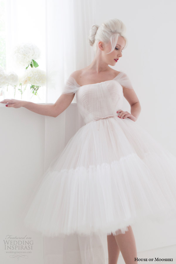 house of mooshki spring 2015 pollyanna blush tea length short wedding dress off sleeves close up
