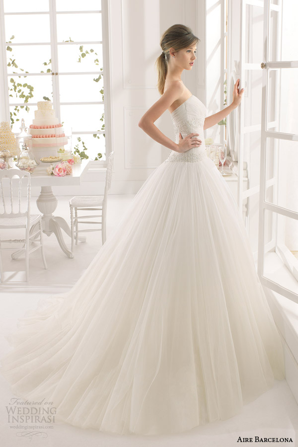 aire barcelona 2015 athenas strapless ball gown wedding dress